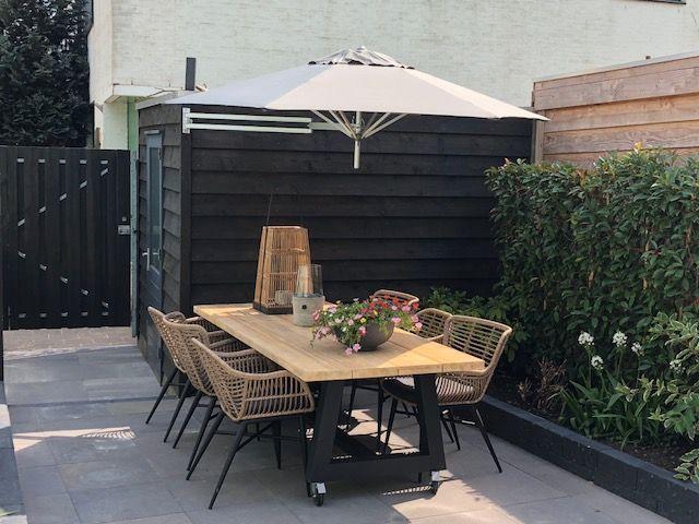 Luxe houten tuintafel Oisterwijk