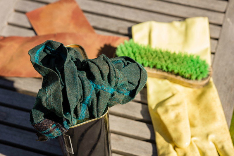 reinigen tuinmeubelen